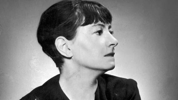 Ella bebía martinis (noticias de Dorothy Parker)